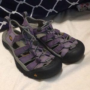 Women's size 7.5 Keen waterproof sandals